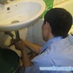 Cách thông tắc ống nước