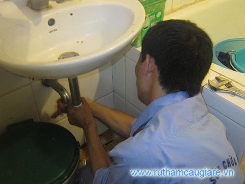 Cách thông tắc ống thoát nước hiệu quả