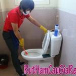 Cách thông tắc nhà vệ sinh