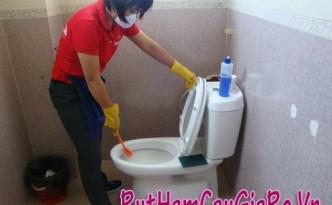 Cách thông nhà vệ sinh bị tắc tại nhà hiệu quả nhất