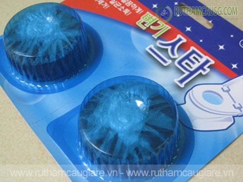 Cách sử dụng viên tẩy bồn cầu Hàn Quốc để tẩy sạch các vết bẩn
